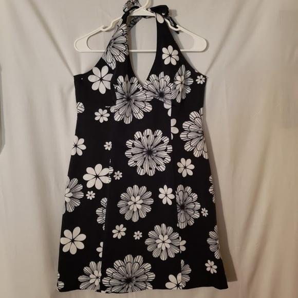 AGB Dresses & Skirts - Nice Dressy Short Summer Dress